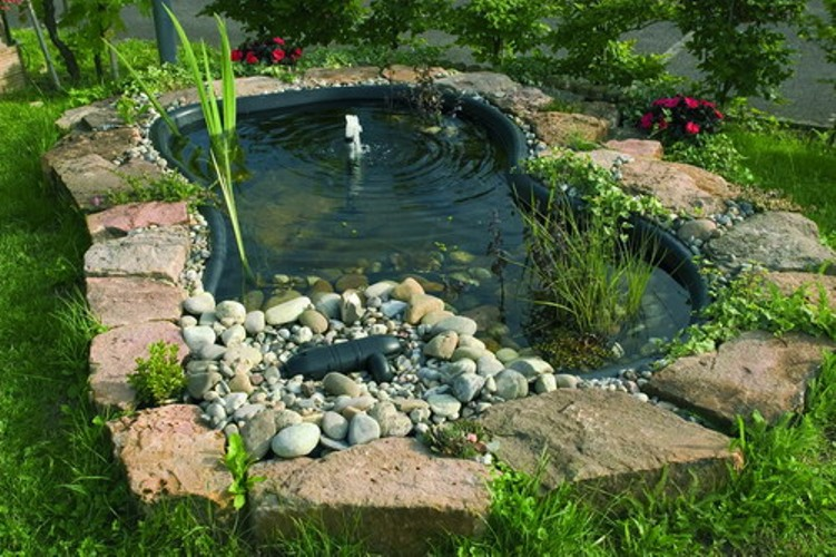 Stavba zahradn ho jez rka for Bache pour bassin de jardin